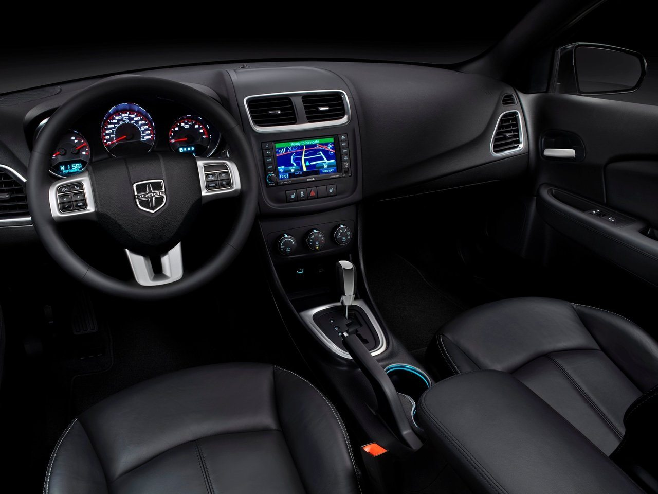 2016-dodge-avenger-interior