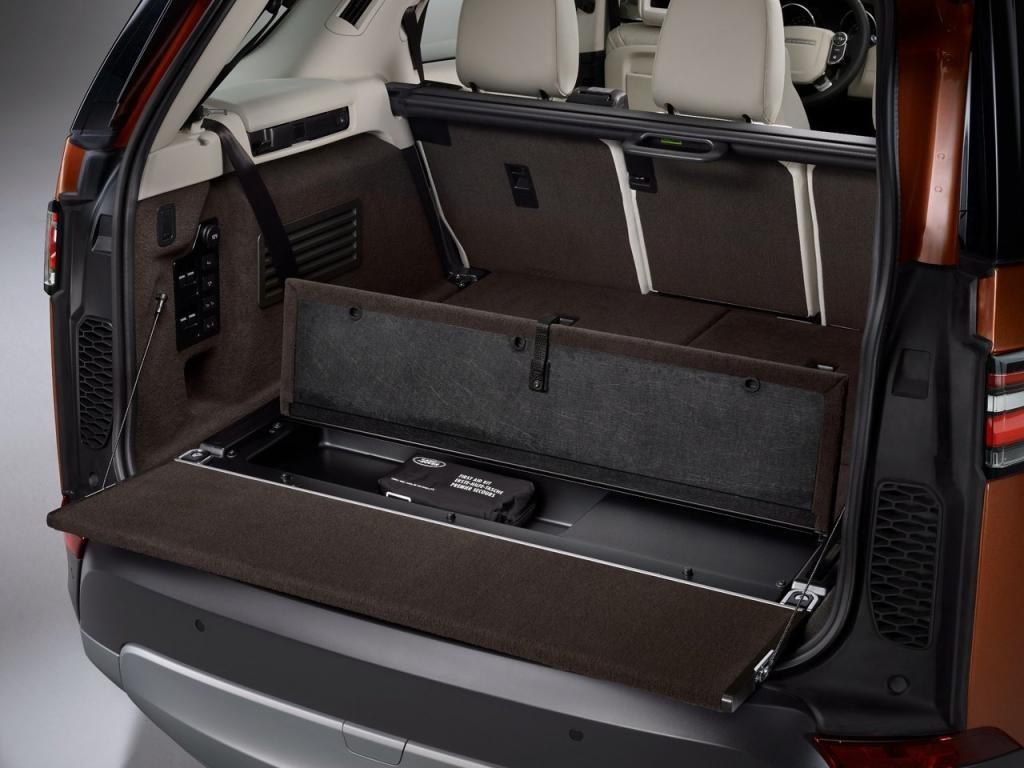 2017-land-rover-discovery-5door