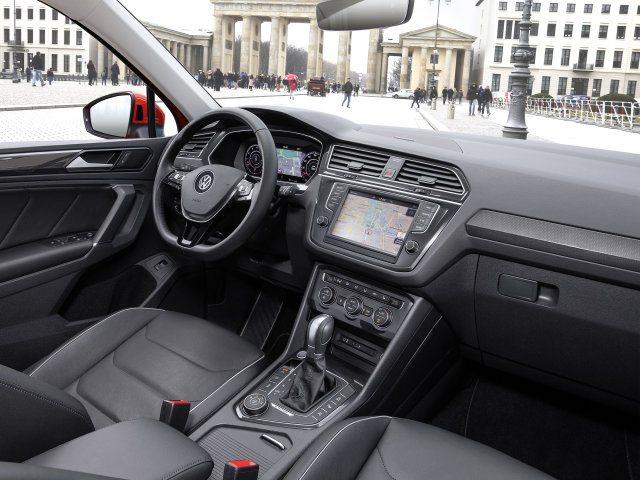2017-volkswagen-tiguan-interior