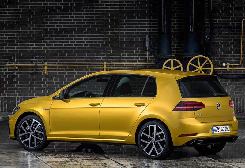 volkswagen-golf-2017