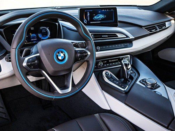 2017-bmw-i9-hybrid-interior