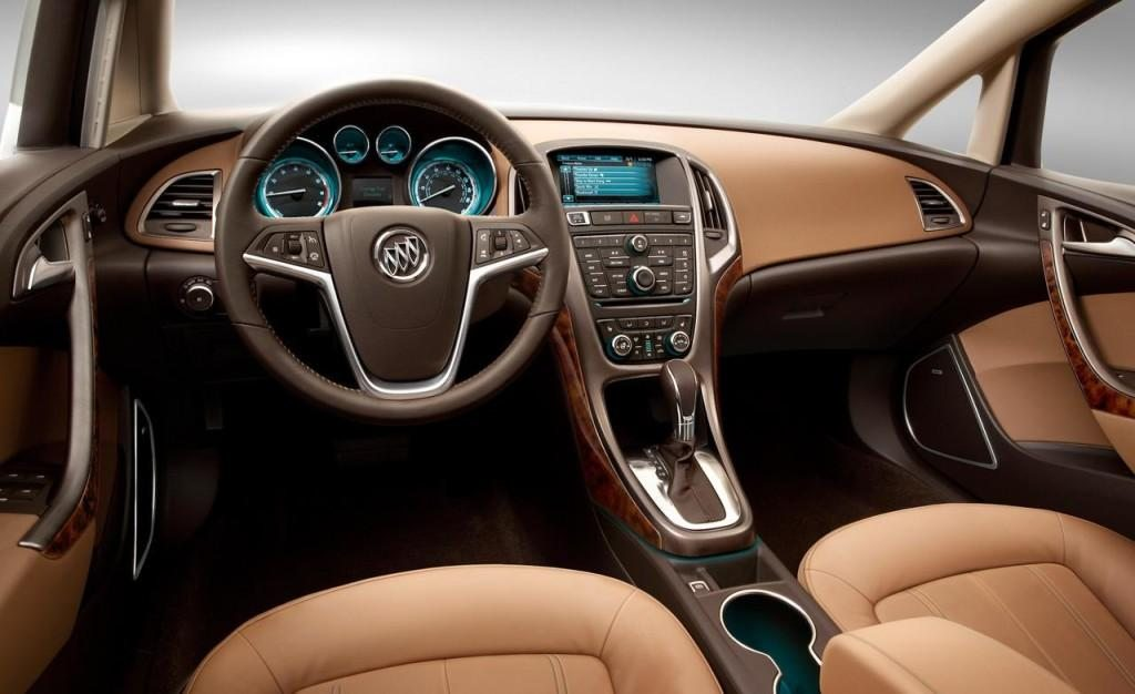 2017-Buick-Regal-Grand-National-interior