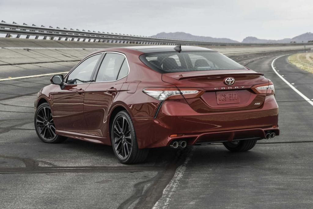 2018-Toyota-Camry-release-date